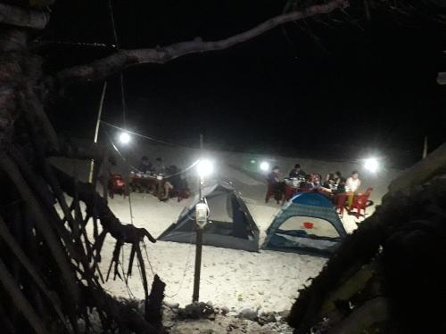 Homestay- Camping Thien Nhan Đao Be Ly Son., Lý Sơn