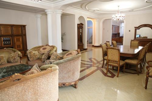 ''GARDEN'' guest house,