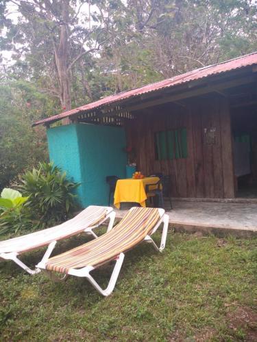 Cabanas y Camping La Palmera, Acandí