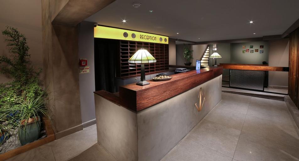 Diana Hotel,