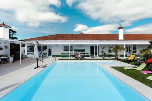 Holiday homes Quinta de Santa Barbara Lagoa - PDL01016-FYA, Lagoa