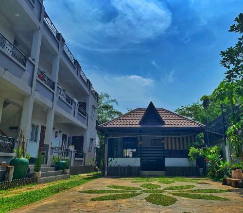 hotel together yangon, Yangon-N