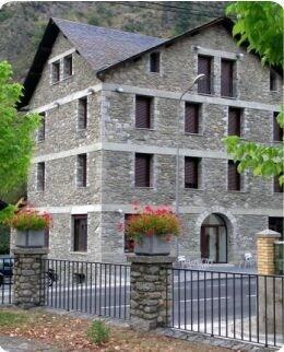 Hotel Cases, Lleida
