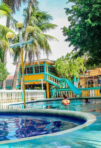 Hotel Leones Marinos, Chirilagua
