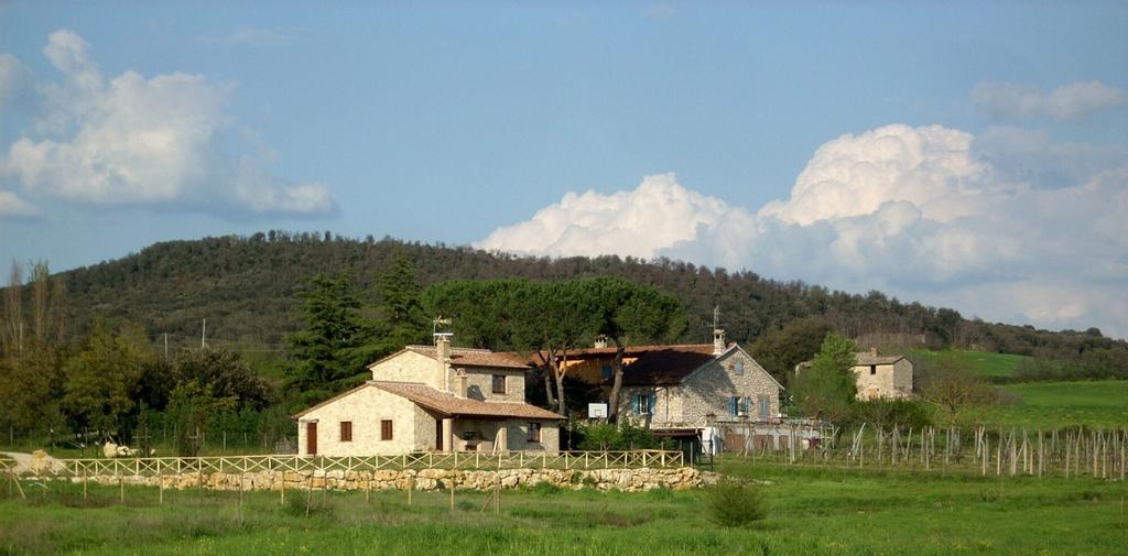 Casale Le Rote, Terni