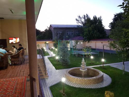 Relax Hostel, Qibray