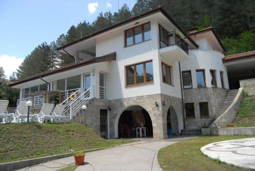 Bakyovo Retreat Center, Svoge