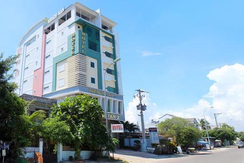 Khach san Huynh Tan 2, La Gi