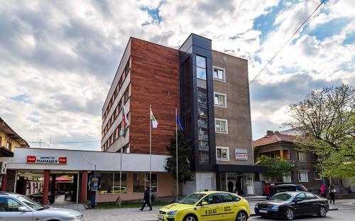Hotel Bulgaria, Harmanli