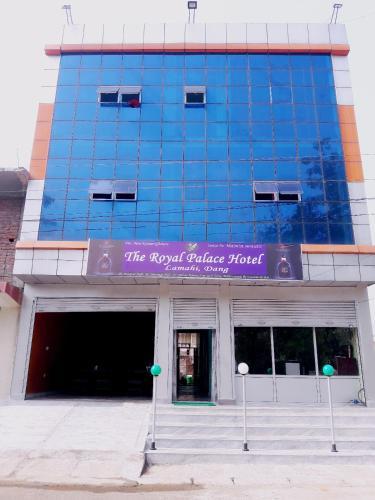 The Royal palace Hotel Lamahi Dang Nepal, Rapti
