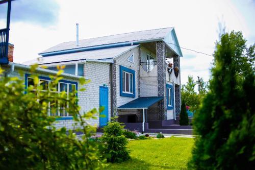 Guest house Kolo Druziv, Cherkas'kyi
