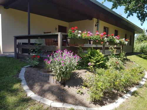 """Ferienwohnanlage """"Am Bernsteinsee"""", Vorpommern-Rügen"""