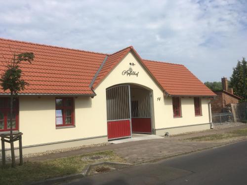 Apfelhof Biesenbrow, Uckermark