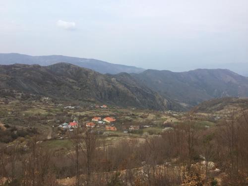 Polis village, Librazhdit