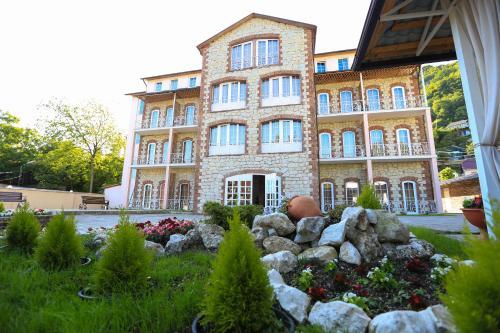 Hotel Nikopoli on Vodopadnaya 2, Gudauta