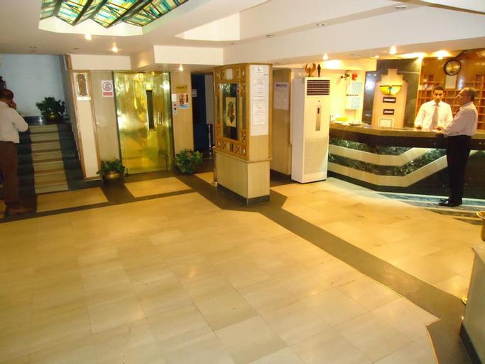 Pharaohs Hotel, Ad-Duqi