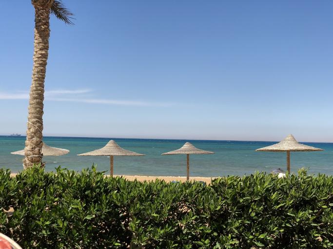 Manara Beachfront Chalet, 'Ataqah