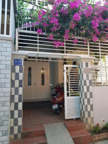Nha Hoa Giay, Nha Trang