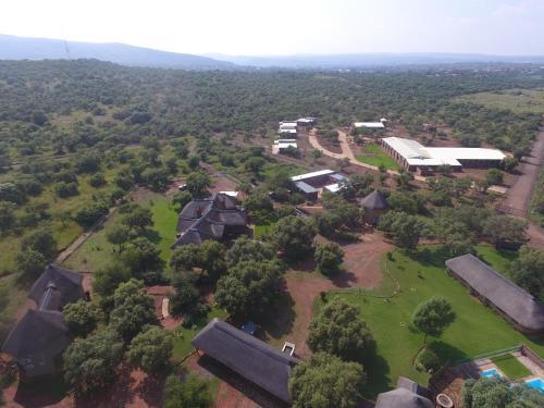 Kareespruit Game Ranch & Guest House, Ngaka Modiri Molema