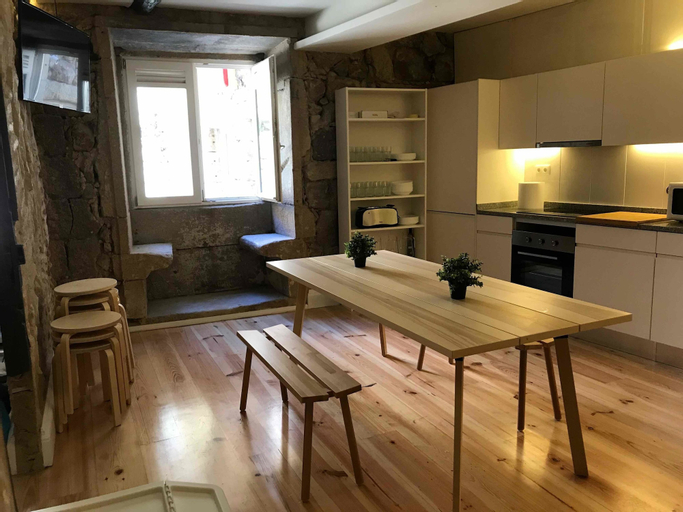 Hostel One Ribeira - Adults Only, Porto