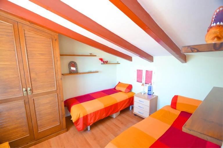 Cute Duplex In The Center Of Sitges, Baar-Dheere