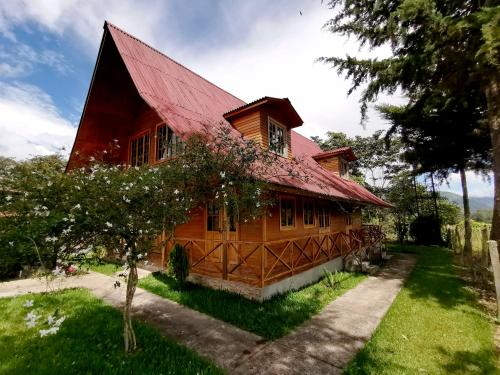 Casa Hospedaje Silz, Oxapampa