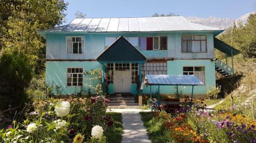Friendship (guest house)*, Bazar-Korgon