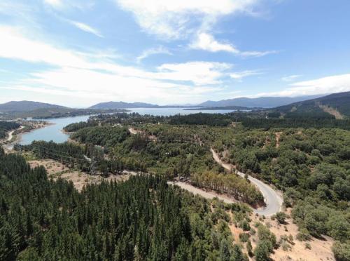 Lago Colbun, Linares