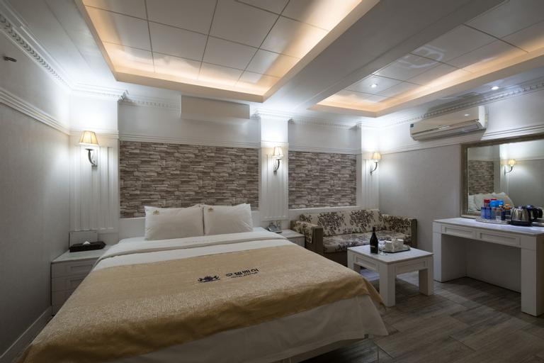 Hotel Benhur, Mapo