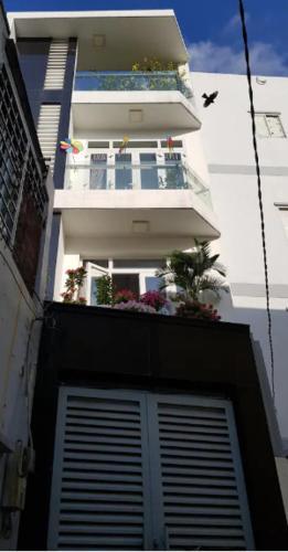 House is for sharing at Phu Nhuan District, HCMC, Phú Nhuận