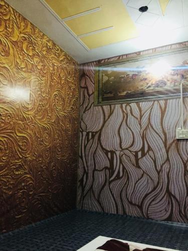 Surat hotel, Karnal