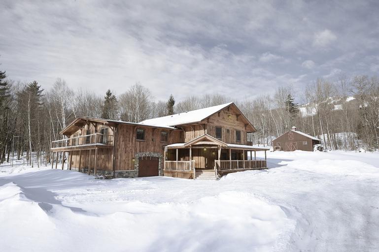 Seesaw's Lodge, Bennington