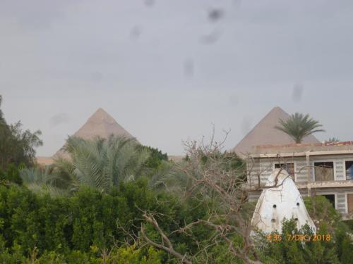 pyramids oasis hotel, Al-Azbakiyah