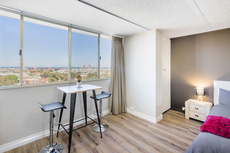 Celina's Ocean View Studio - Adults Only, Fremantle