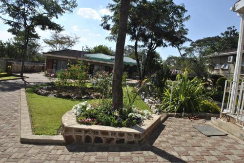 Palm Leaf Gardens, Kwekwe