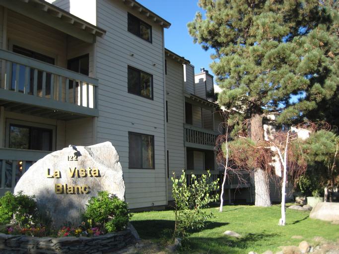 La Vista Blanc by Mammoth Reservation Bureau, Mono