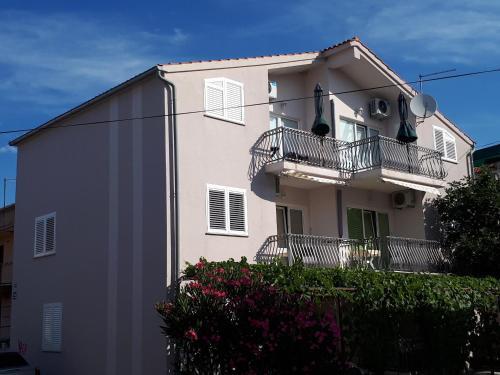 Apartments Ružica, Vodice