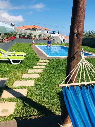 De Casa Villa, Calheta