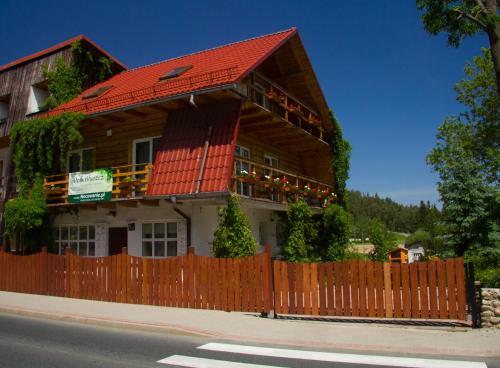 Dom Bluszcz, Jelenia Góra