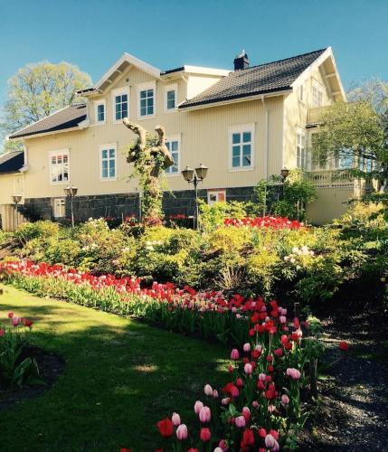 Tollerodden Gjestegaard, Larvik