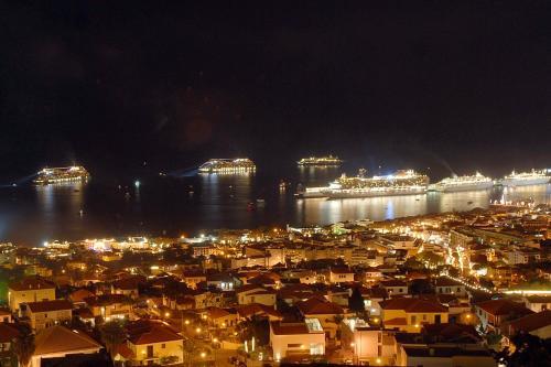 Central Studio in Funchal 1N, Funchal