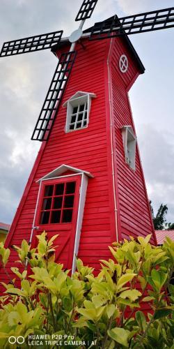 Windmill Garden Homestay Semporna, Semporna