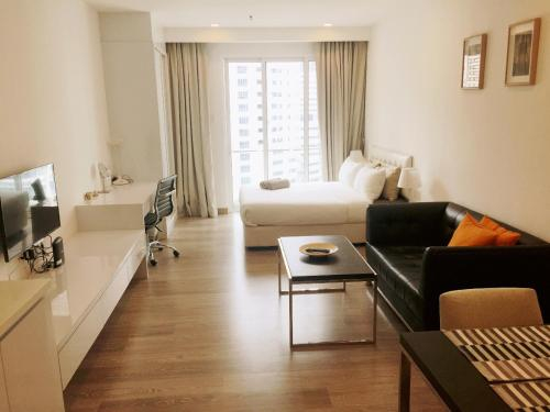 Prestigious Suites by Roomy, Kuala Lumpur