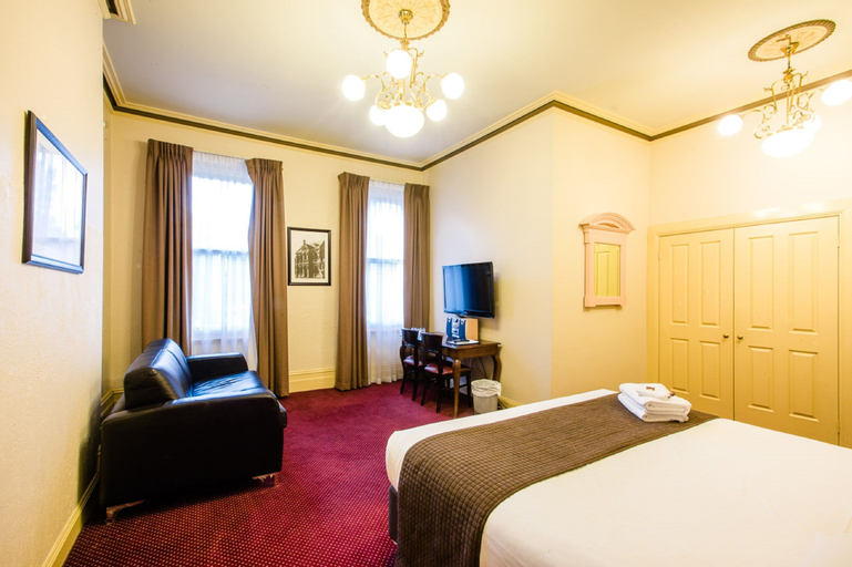 Glenferrie Hotel, Boroondara  - Hawthorn