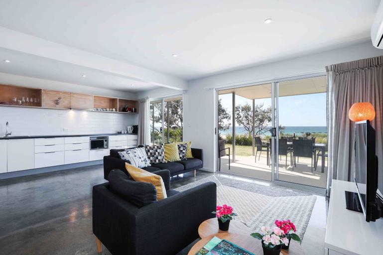 Sandbox Luxury Beach Front Apartments, Bilinga-Tugun