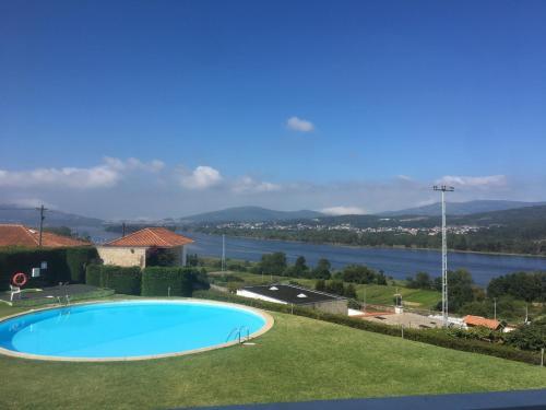 Montanha, rio e mar..., Vila Nova de Cerveira