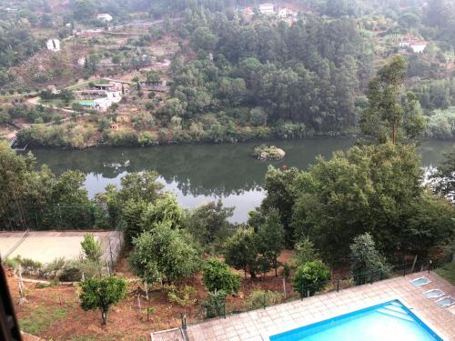 Quinta das Paredinhas do Rio Douro, Cinfães