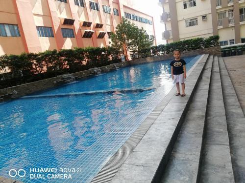 J&T Family room, Makati City