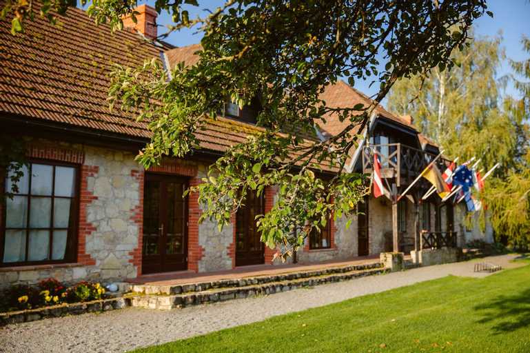 Karlamuiza Country Hotel, Cesis
