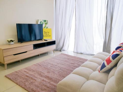 Trefoil Setia Alam- Simple No.5, Kuala Lumpur
